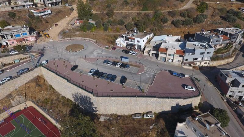 دوار مركز القرية - כיכר מרכזית אלראן