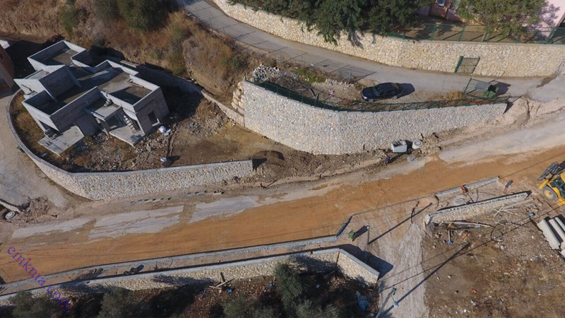 """دوار المدرسة وطريق """"عين الحمام"""" - כיכר וכביש בית ספר"""